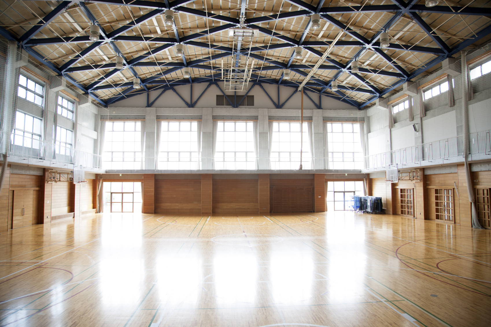 LED lighting for sports halls